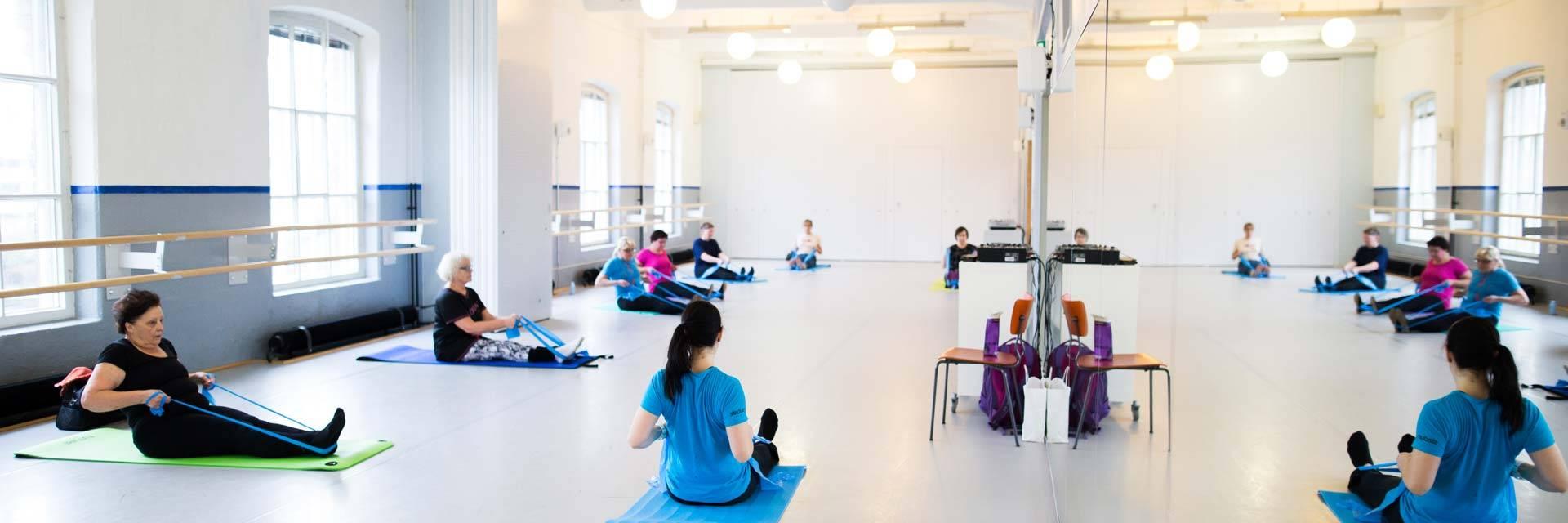 Liikuntaa Valkeakoski-opiston tiloissa